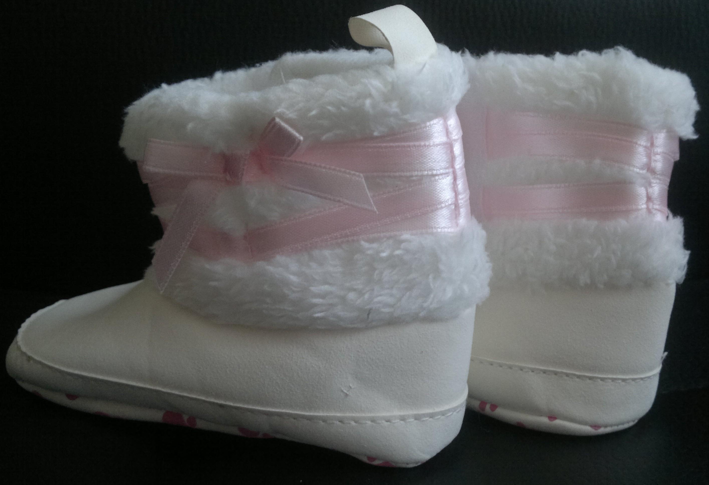 Teplé dětské zimní botky 6-12 měsíců bílé