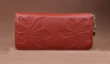 Kožená peněženka Flowers tm. hnědá