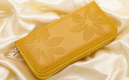 Kožená peněženka Flowers žlutá